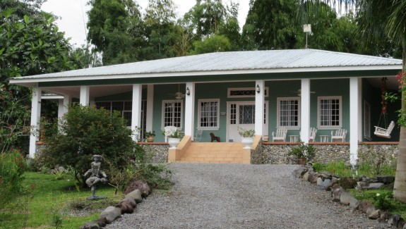 Breath Taking Home with Guest House in Bugaba, Chiriqui, Panama